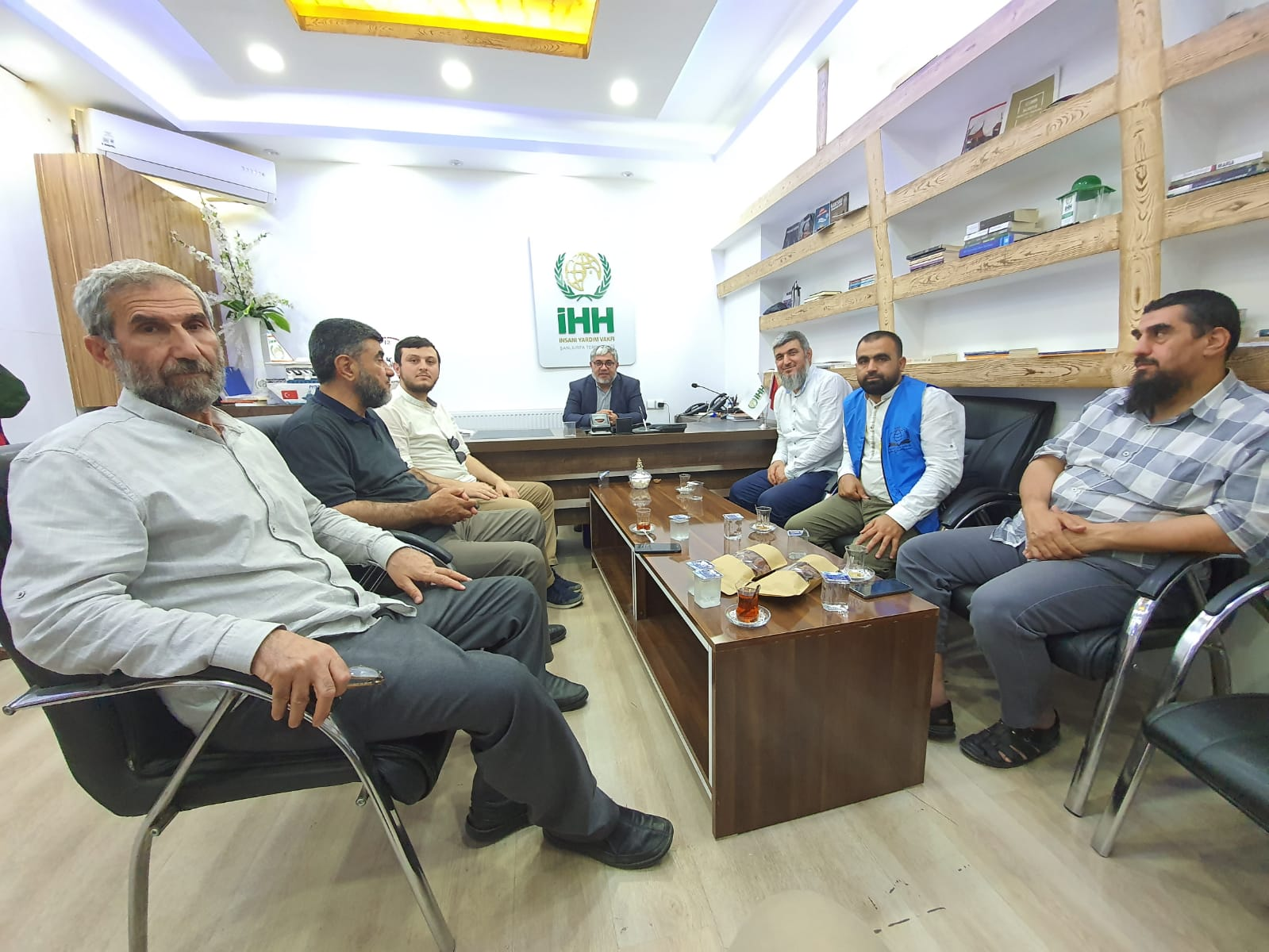 Urfa İHHya Ziyareti - Haberler - İnsanı İnşa Derneği İİD. Uluslararası Yardım Kuruluşu